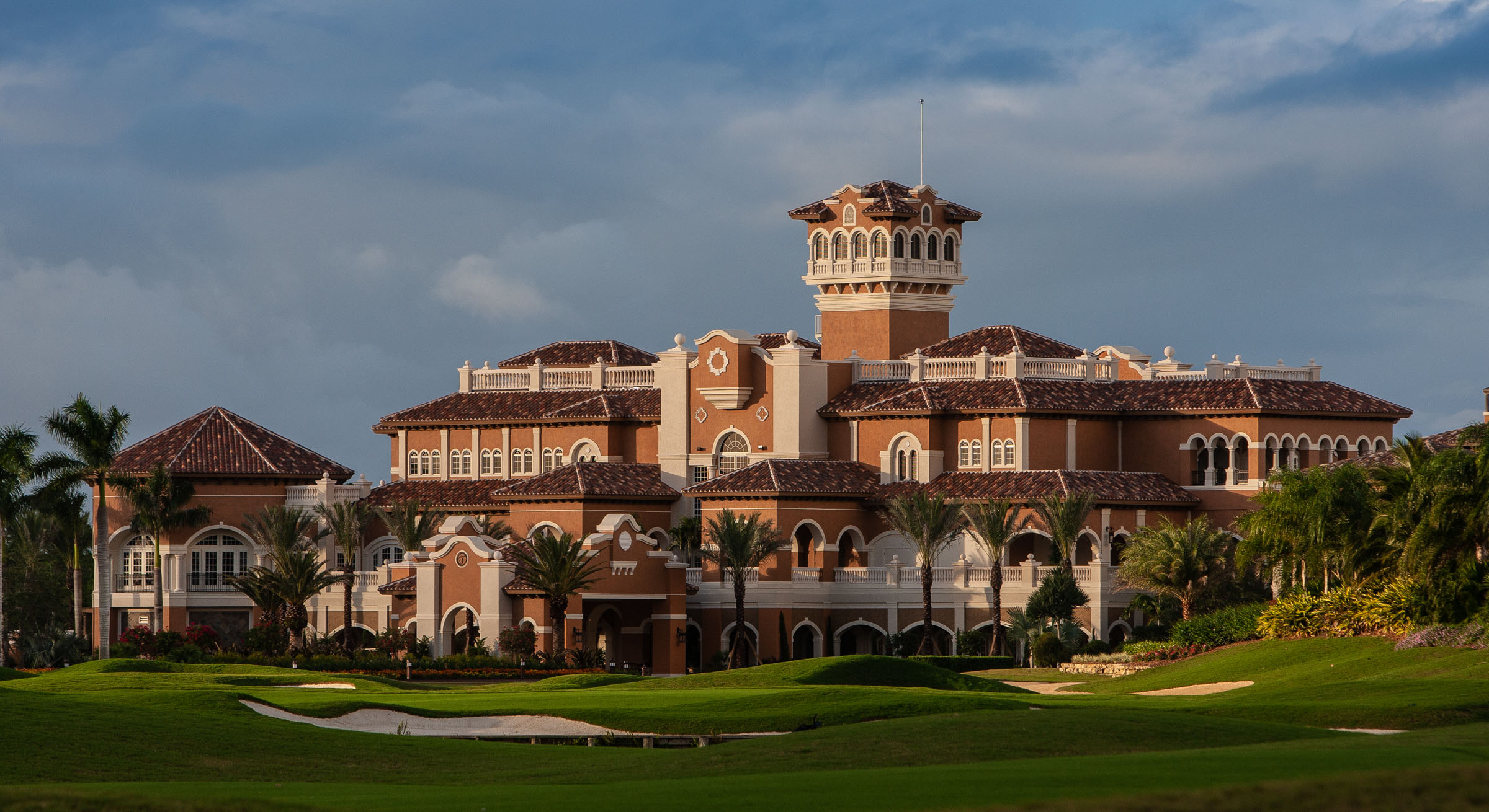 Clubhouse imagery  Steven Martine Florida advertising architecture photographer