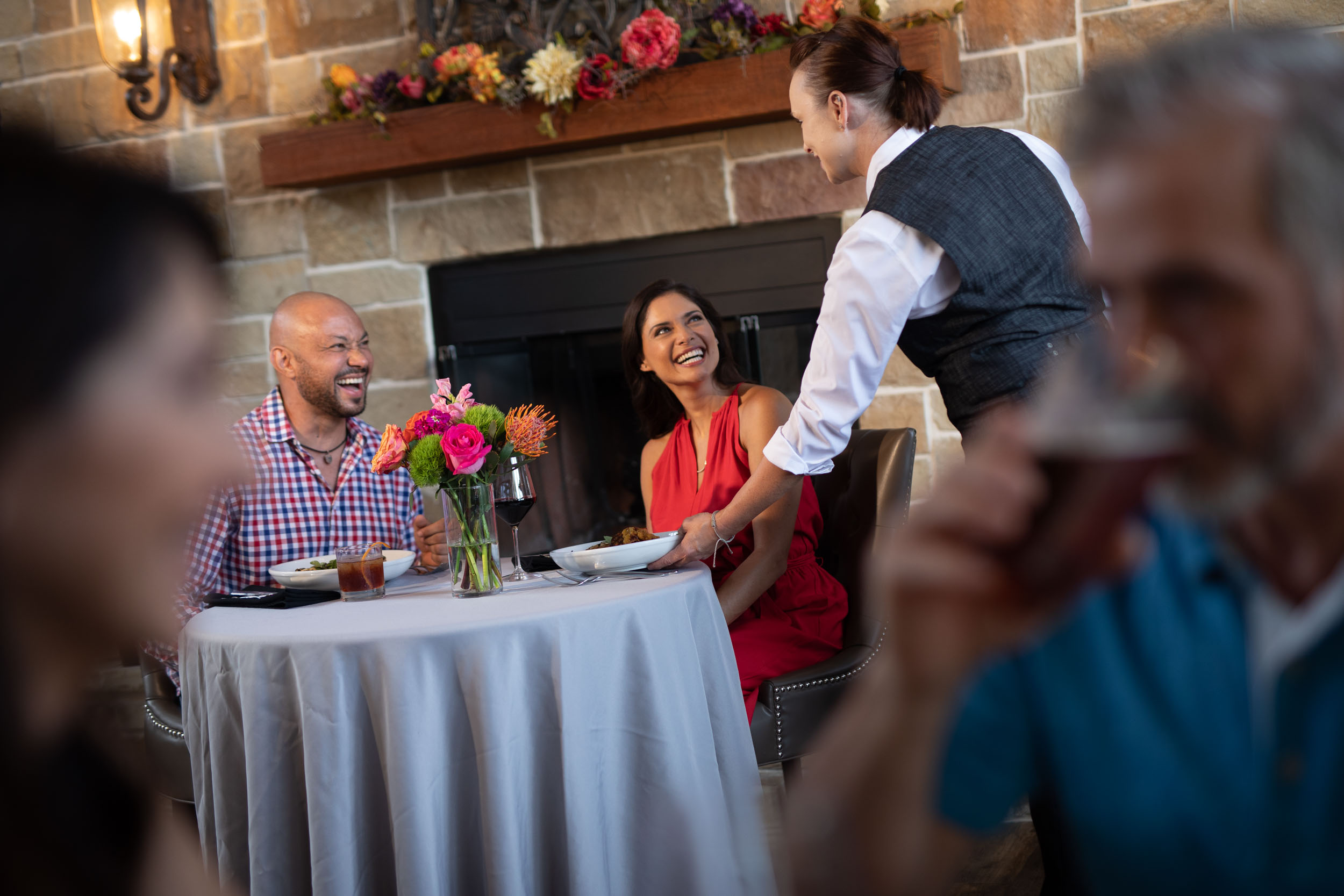 Florida Photography | couple in restaurant | Steven Martine